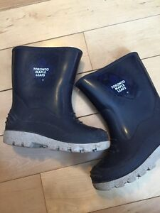 Toronto Maple Leaf rubber boots