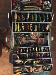 Very old fishing tackle over 150 lures