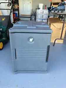 Insulated cambro - for food
