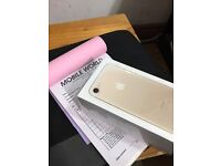 Iphone 7 Gold 256gb with Apple waranty