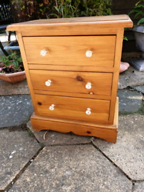Solid pine small chest of drawers