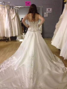 Mori-Lee A-Line Wedding Dress (Brand New/Only Worn to Try On)
