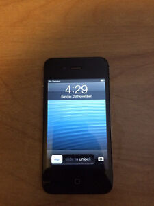 iPhone 4s 16GB w/ lots of accessories