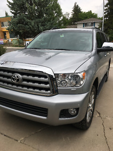 2016 Toyota Sequoia Limited SUV, Crossover