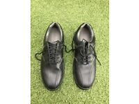Golf Shoes - size 8
