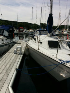 27' Pearson Sailboat for sale.