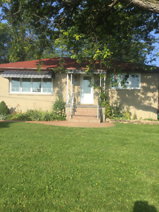 House for Sale in Henderson Place Area