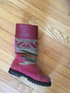 Boots - from PERU - womens 6 / 6.5