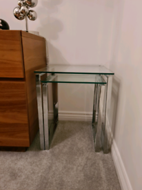 2 x nest of side tables