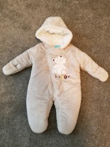 Snowsuit 0-6 months