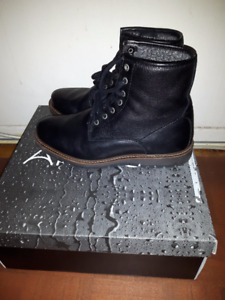 ARTICA WATERPROOF LEATHER BOOTS