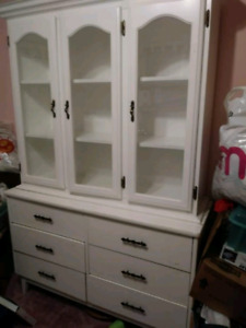 WHITE DRESSER WITH GLASS TOP SHELVES DISPLAY UNIT REDUCED