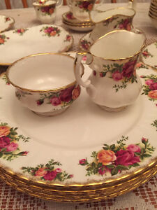 Royal Albert Old Country Roses like new set of 6