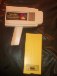 Vintage fisher price movie viewer snoopy meets the red baron