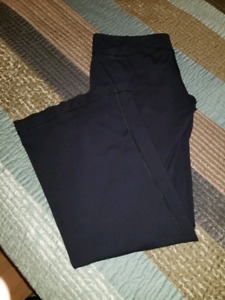 Lulu pants sizes 10