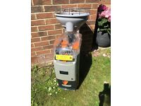 Commercial orangenius juice machine zumex zummo juicer inc vat