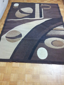 "Pet and smoke free Rug,  size 85' x 62"" . only $40."