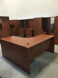 5' x 5' Workstation in Summerflame - Office Desk Oakville / Halton Region Toronto (GTA) image 2