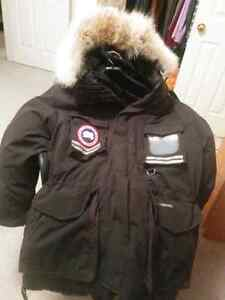 Canada Goose outlet - Mantra | Kijiji: Free Classifieds in Canada. Find a job, buy a car ...