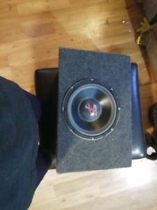 SL 175 watt sub in box