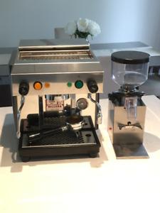 Expresso Machine with Coffee grinder