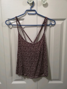 Womens clothes, AE, Element, Billabong, Volcom, Point Zero