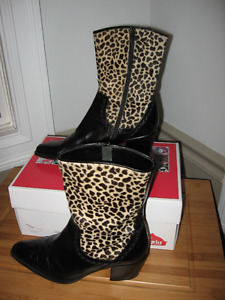 Ladies VIA SPIGA soft italian leather boots size 6