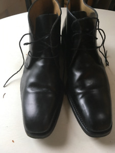 Mens classic pair of BARNEYS OF NY  shoes