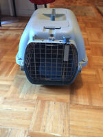 Large Cat/Small Dog Carrier (price negotiable!)