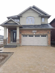 For sale!!new custom home in Waterloo carriage crossing!!