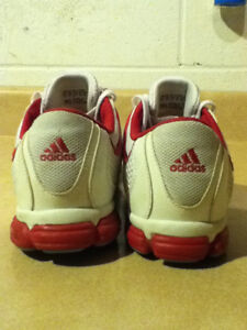 Women's Adidas Pink 3-D Light Weight Running Shoes Size 10 London Ontario image 4