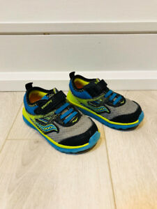 Saucony Velcro Running Shoes for Toddlers Size 5