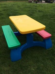 Fisher Price kids picnic table