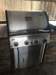 Vermont castings signature series BBQ Cambridge Kitchener Area image 1
