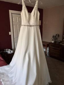 Brand New Wedding Dress - $800 O.B.O.