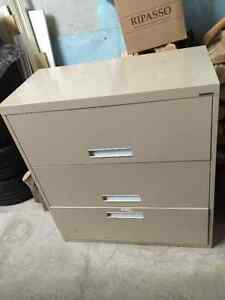 Classeur latéral / Lateral file cabinet