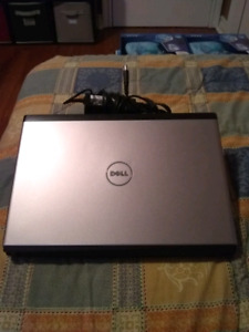 Dell laptop for sale with INTEL i3 prosessor