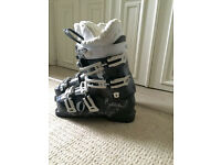 Rossignol woman's ski boots size 4