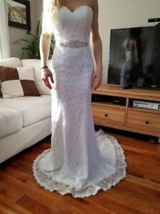 robe de mariée en dentelle, grandeur 2-4