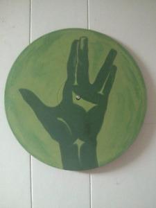 Live long and prosper: Spock star trek painted vinyl art