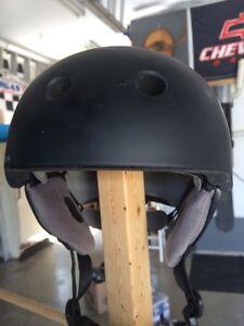 Snowboarding helmet Cambridge Kitchener Area image 3