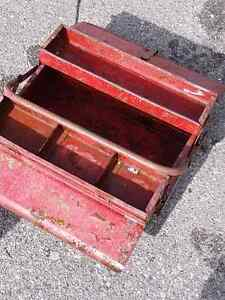 Vintage tool box London Ontario image 7