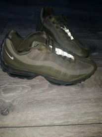 Nike air max se