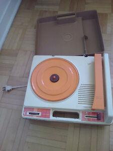 tourne disque pour enfant pour 33 et 45 tourfisher price 1978