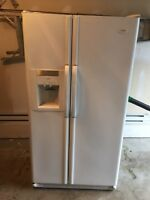 Fridge with water and ice maker 5 years old