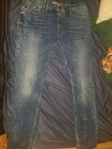 Guess Jean's Straight Fit Mens size 34