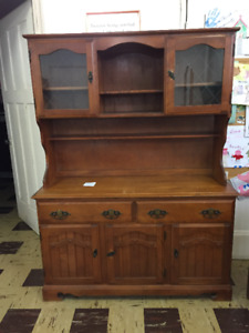 Kitchen side board / hutch