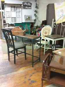 Shop Canada's largest antique mall 600 booths to explore  Stratford Kitchener Area image 8