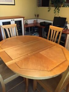 Solid Wood Dining Table c/w 4 chairs