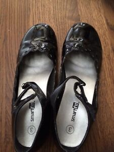 Size 3 girls dress shoes